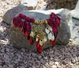 Insp.035 Schalen bloem ketting rood/goud