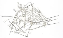 OND043/100 kettelstiftensilver  0.7x32mm. 100 stuks