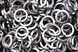 stainless steel vierkante draad 1.6x6.7mm. (machinaal )