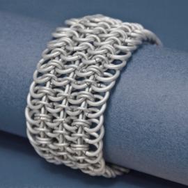Chainmail Armband in Satin White:  ingezonden door Saskia