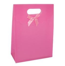 Cadeau verpakking roze met strikje stippen