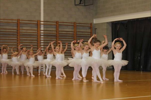 balletschoolladanse.jpg