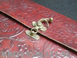 Paul-Francis Dagboek Kamperfoelie met sabeltand-sluiting Leder 15x13cm
