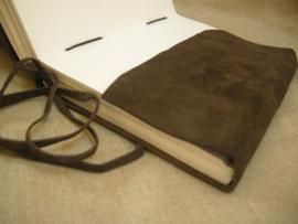 Paul-Francis Robuust Suede schetsboek 25 x 18 cm DONKERBRUIN