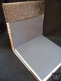 Paul-Francis leren gastenboek Kamperfoelie 25x25 cm