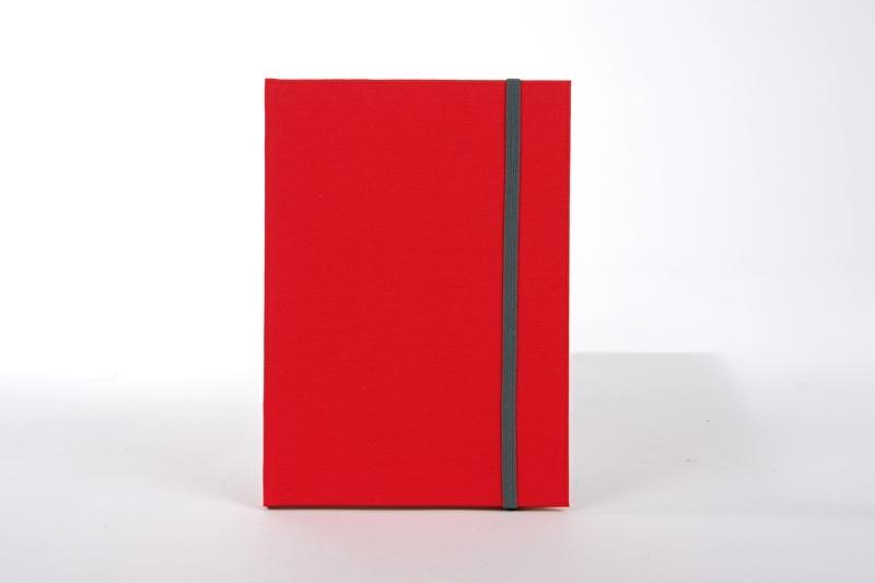Goldbuch Linum gebonden blanco Notitieboek 15,3 x 21,5cm Rood linnen