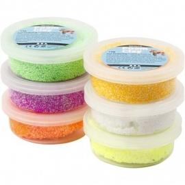 Foam Clay paas-set, 6x14 gram geel,wit, oranje en in neon groen geel en paars.
