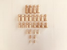 MIDDEL FAMILIE (Poppetjes maat: M / 5 generaties / 28 st)