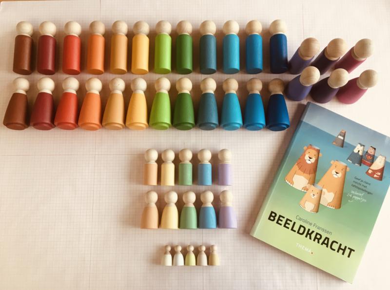 Beeldkracht set  - Variant A - Grotere poppen, rondere vormen  - prijs ca € 200,-