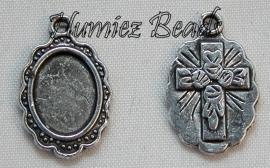 02837 Bedel fotoframe met kruis Antiek zilver 19mmx12mm
