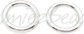 02841 Gesloten ringetjes Zilverkleurig 7mmx1mm; gat 5mm ±20 stuks