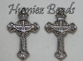 03013 Bedel kruis Tibetaans zilver (Nickel vrij) 37mmx23mm