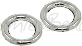 02243 Gesloten ringetje plat Zilverkleurig 8mmx1,5mm; gat 5mm 14 stuks