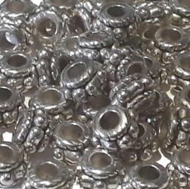 02077 Spacer Daisy geringd Antiek zilver 5x3mm; gat 2mm ±25 stuks