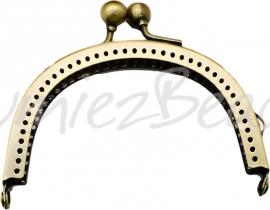 03957 Tasbeugel Antiek brons 70mmx87mmx8mm 1 stuks