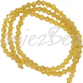 03990 Glaskraal imitatie swarovski Bicone streng ±40cm Gold Champagne 4mm  1 streng