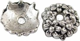 00287 Kralenkap bloemenweelde Antiek zilver (Nikkelvrij) 3mmx10,5mm 8 stuks