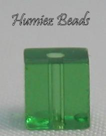 02324 Glaskraal vierkant Groen 4mm 1 streng (±30cm)