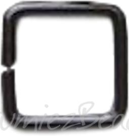 04128 Ringetjes Vierkant Zwart (Nikkelvrij) 8mmx0,7mm ±35 stuks