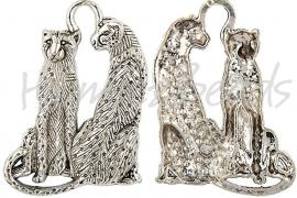 00560 Hanger luipaard koppel Antiek zilver 61mmx36mmx5mm 1 stuks