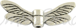 02213 Spacer vleugel Antiek zilver (Nickel vrij) 7mmx20mmx3mm; gat 1mm