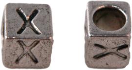 01176 Vierkante letterkraal X Antiek zilver