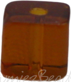 00672 Glaskraal vierkant Donker bruin 4mm 1 streng (±30cm)