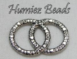02241 Tussenstuk dubbele ring Tibetaans zilver 21mmx15mm