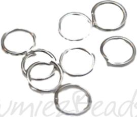 01053 Ringetjes Zilverkleurig (Nikkelvrij) 5mmx0,7mm 100 stuks
