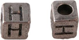 01160 Vierkante letterkraal H Antiek zilver