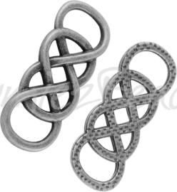 01898 Tussenstuk knoop Antiek zilver (Nickel vrij) 32mmx12mmx2mm; gat 9mmx5mm