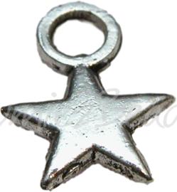 00061 Bedel ster Antiek zilver (Nickel vrij) 10mmx8mmx2mm; gat 2,5mm 15 stuks