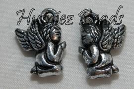 03000 Bedel metallook engel Antiek zilver 19mmx12mm