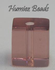 02509 Glaskraal vierkant Transparant bordeaux 8mm 1 streng (±30cm)