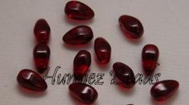 03096 Tjechische glaskraal Donker rood 7mmx11mm 15 stuks