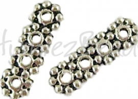 01683 Verdeler 4-gaats Antiek zilver (Nikkelvrij) 13mmx4mm; gat 1mm 9 stuks