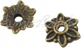 03777 Kralenkap bloemetje Antiek brons (Nikkelvrij) 2mmx8mm; gat 1mm 20 stuks