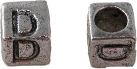 01156 Vierkante letterkraal D Antiek zilver