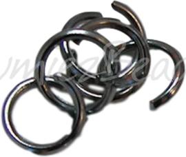 00199 Ringetjes zware kwaliteit Zwart (Nikkel vrij) 8mmx1mm ±50 stuks