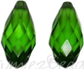 04353 Glaskraal druppel Groen 10mmx20mm; gat 1mm 2 stuks