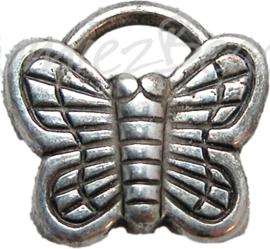 00514 Bedel vlinder Metallook Tibetaans zilver 27mmx18mmx3mm