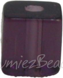 00587 Glaskraal vierkant Donker paars 4mm 1 streng (±30cm)