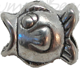00281 Pandorastijl vis Antiek zilver 12mmx14mm