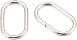 01194 Ringetjes Ovaal Metaalkleurig 39mmx23mmx3,5mm; gat 32mmx16mm 2 stuks