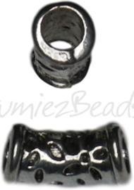 01757 Buiskraal bewerkt Antiek zilver 15,5mmx7,75mm; gat 4,5mm 5 stuks