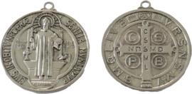02809 Bedel Saint Benedict Antiek zilver (Nikkelvrij) 51x46x3mm; gat 3mm 1 stuks