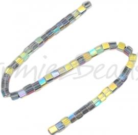 00102 Glaskraal streng Vierkant Transparant AB color 6mm; gat 1mm 1 streng