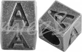 01153 Vierkante letterkraal A Antiek zilver