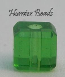 02723 Glaskraal vierkant facet geslepen Licht groen 6mm 12 stuks