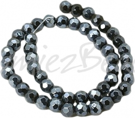 02698 Glaskraal faceted rond Zwart 6mm 1 streng (±30cm)
